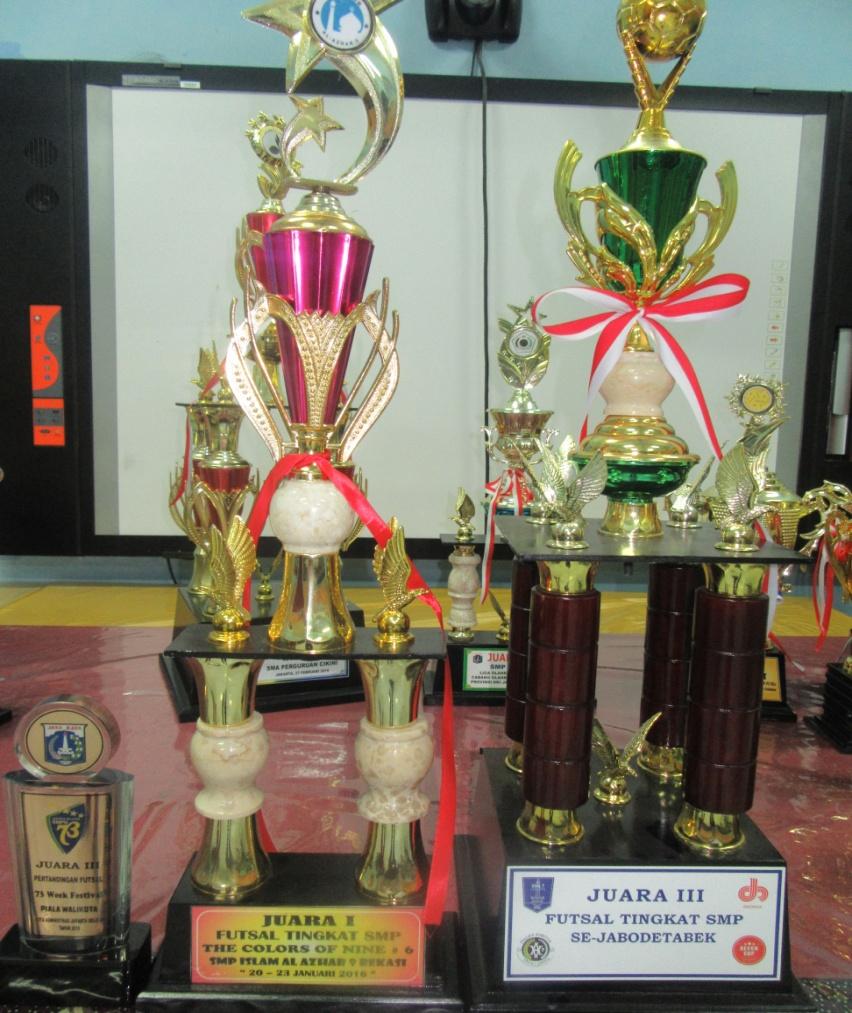 Piala Penghargaan Kejuaraan Futsal Se-Jabodetabek 2016