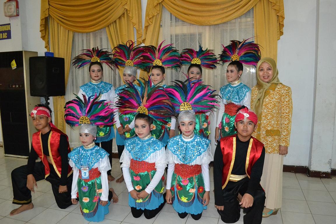 Kegiatan Lomba Tari kebudayaan indonesia
